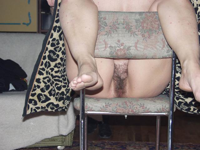 huisverouw Sexy schoonmaakster doet alles voor de baas